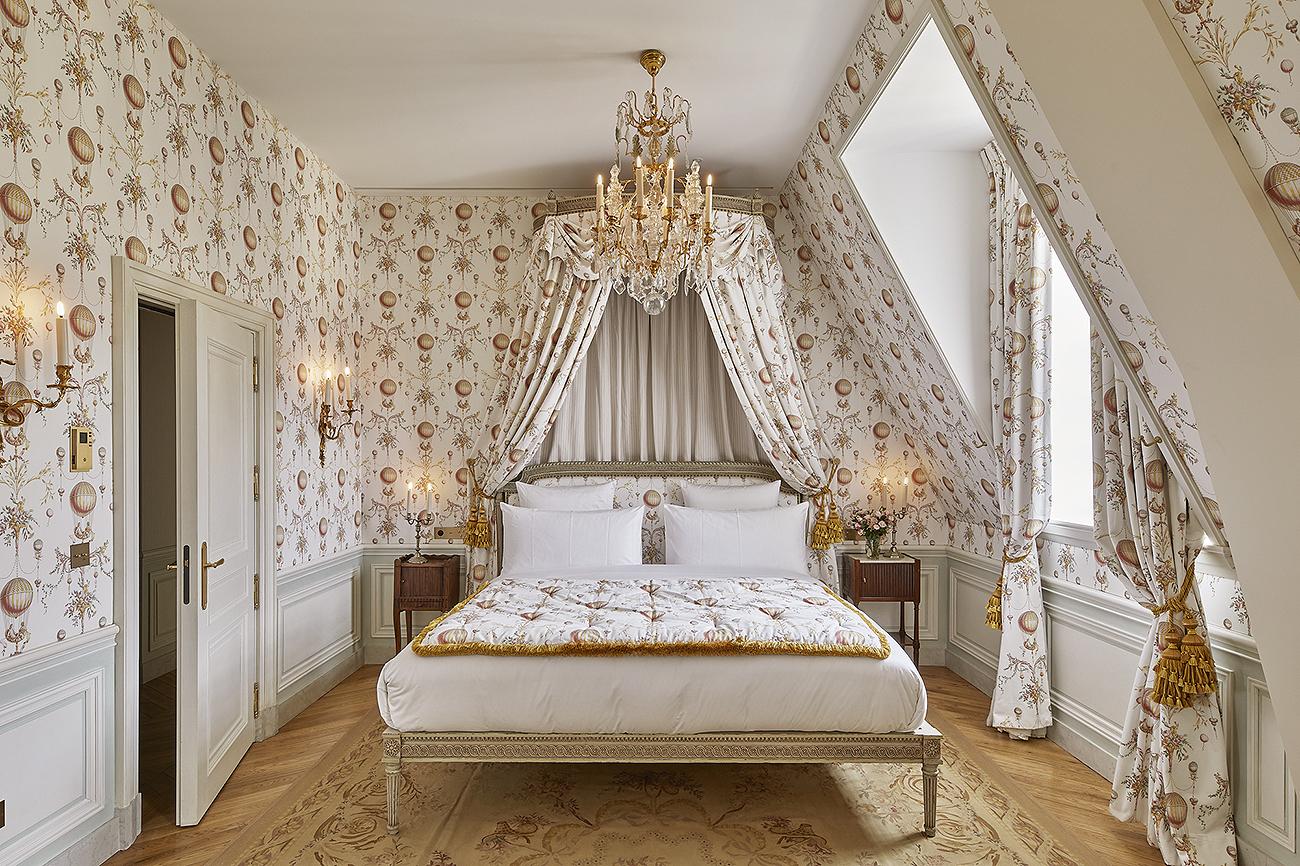 El precio de la habitación incluye mayordomo; visitas al palacio de...