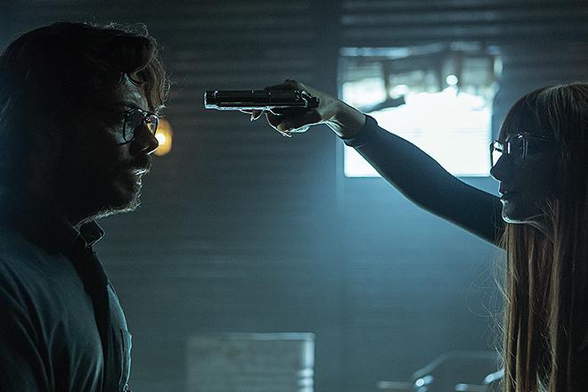 Álvaro Morte, el Profesor, y Najwa Nimri, Alicia Sierra, en el primer episodio de la nueva entrega.