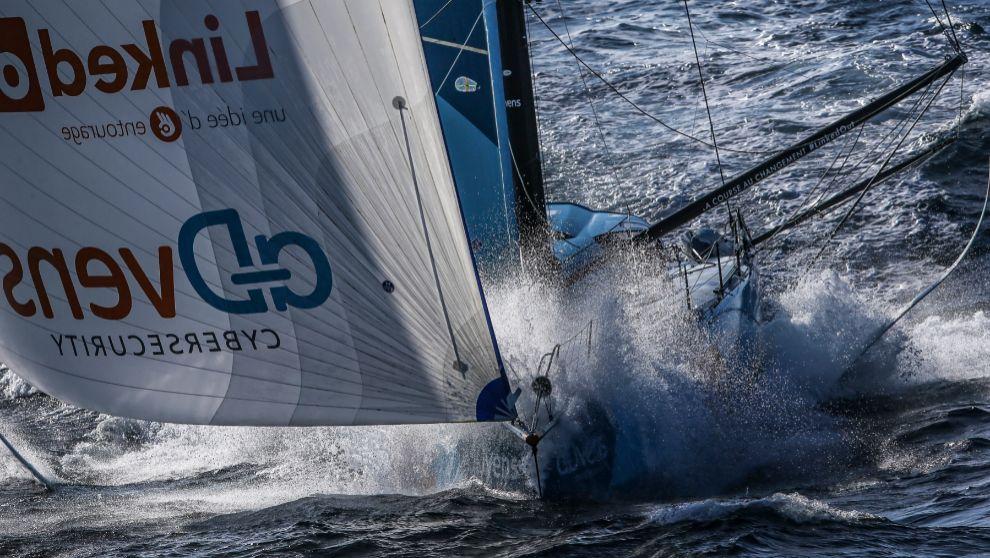 El IMOCA LinkedOut, durante la etapa 2 de The Ocean Race Europe. |...