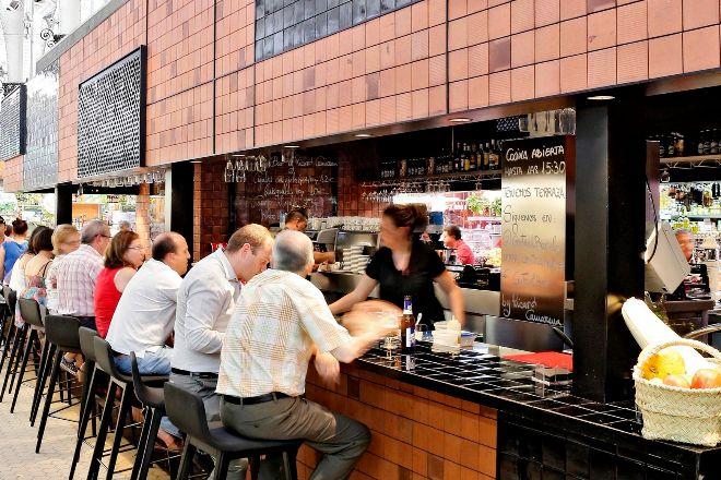 Barra de un bar en Valencia.