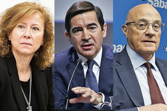 De izquierda a derecha Margarita Delgado, presidenta del FGD y subgobernadora del Banco de España; Carlos Torres, presidente de BBVA; Josep Oliú, presidente de Sabadell.