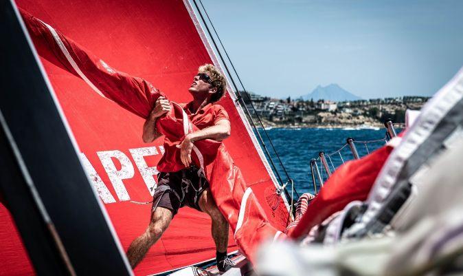 Quiroga, en la proa del Sailing Poland. | Ewa Fijoleck/ TOR