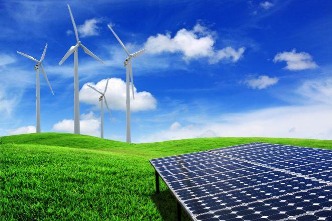 Además de su inversión en Solarpack, Carmen Ybarra está en el capital de Ecoener.