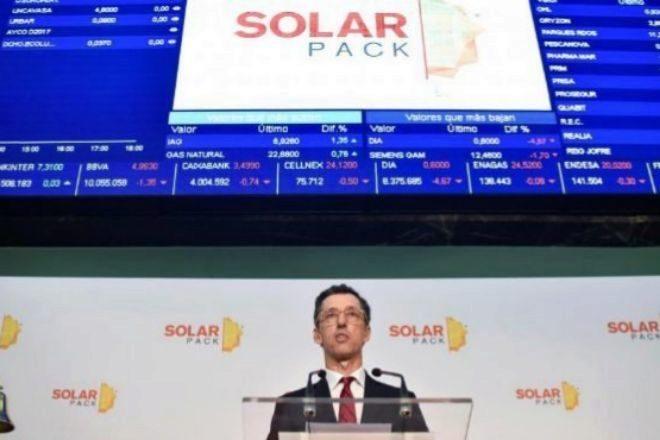 EQT calienta las renovables con la opa a Solarpack y pone contra las cuerdas a IFM, Naturgy y el Gobierno