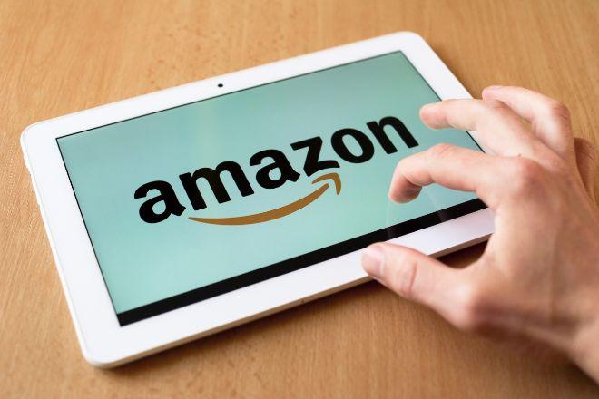 Amazon pide  colaboración a las redes sociales para poner fin a  las reseñas falsas