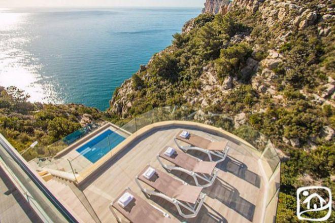 Las reservas de viviendas turísticas en la costa ya superan las del verano anterior