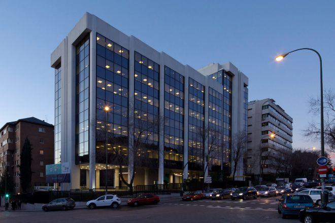 El edificio se ubica en los número 16-18 de la calle Ulises.