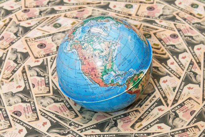 El mundo sale de la pandemia con más deuda.