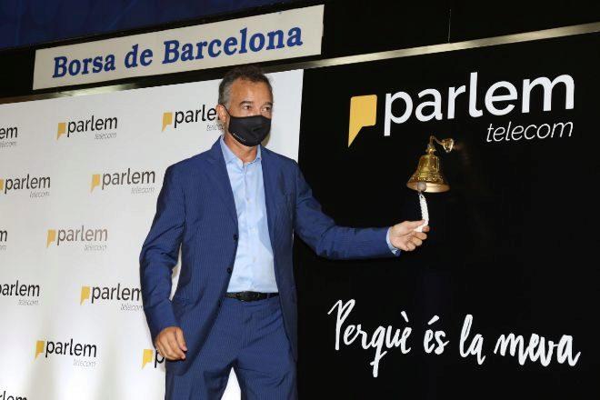 Ernest Pérez-Mas, consejero delegado de Parlem, durante el toque de campana en la Bolsa de Barcelona.