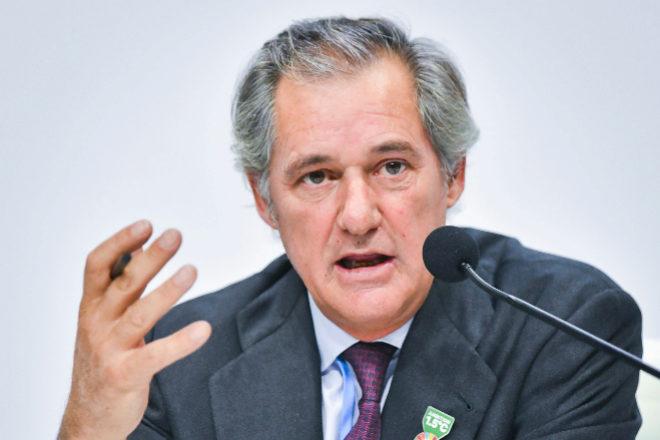 Acciona asegura la colocación de sus renovables en Bolsa