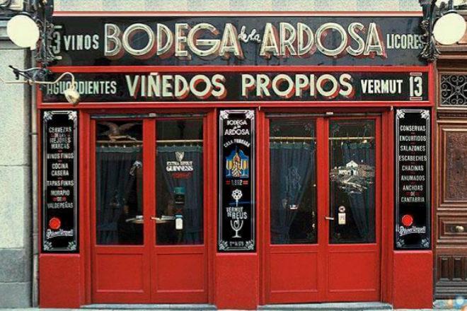 La Ardosa, histórica tasca en Madrid.