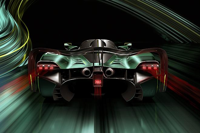 Vistas frontal y posterior. El AMR Pro duplica la carga aerodinámica del Valkyrie de serie.