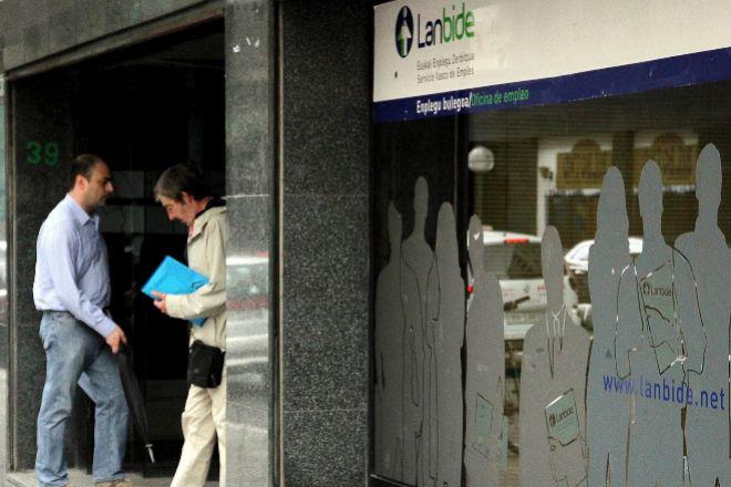 Oficina en Bilbao del servicio vasco de empleo Lanbide.