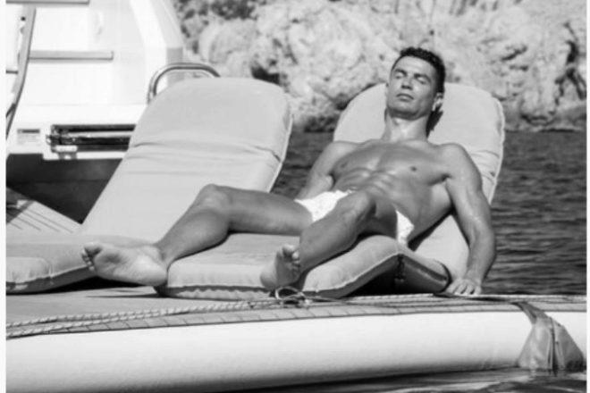 Cristiano Ronaldo disfruta en su yate junto a Georgina Rodríguez de...