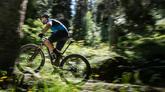 Ya se les llama 'bicigrinos': los peregrinos que recorren en bicileta...