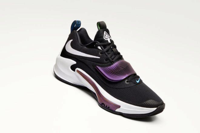 Versión de la Nike Zoom Freak 3 en negro y morado que se lanzará en agosto.