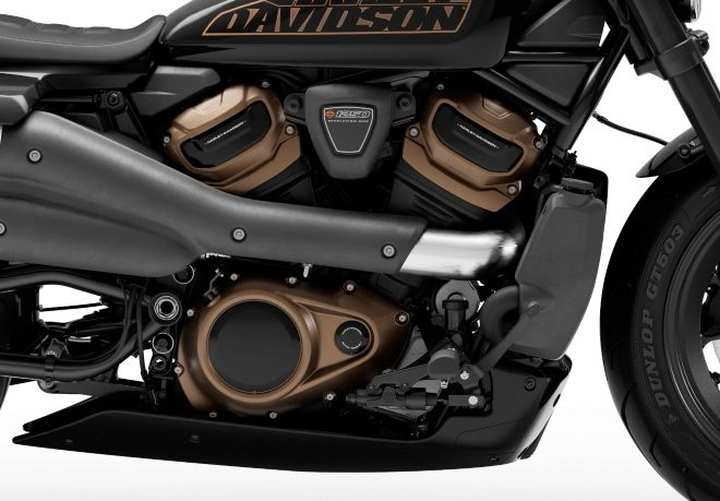 El motor Revolution Max 1250T entrega 122 CV de potencia.