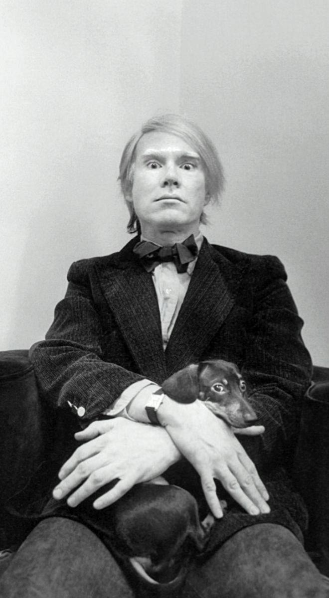 """Andy Warhol se ponía su Tank Must incluso sin darle cuerda """"porque era el reloj que hay que llevar""""."""