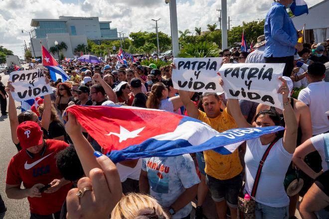 Protestas en apoyo al pueblo cubano en Miami (EEUU).