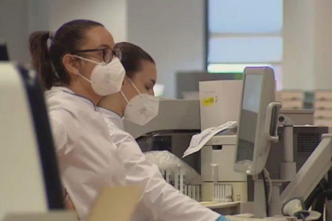La EMA pide a los europeos que se vacunen ante el avance imparable de la variante Delta