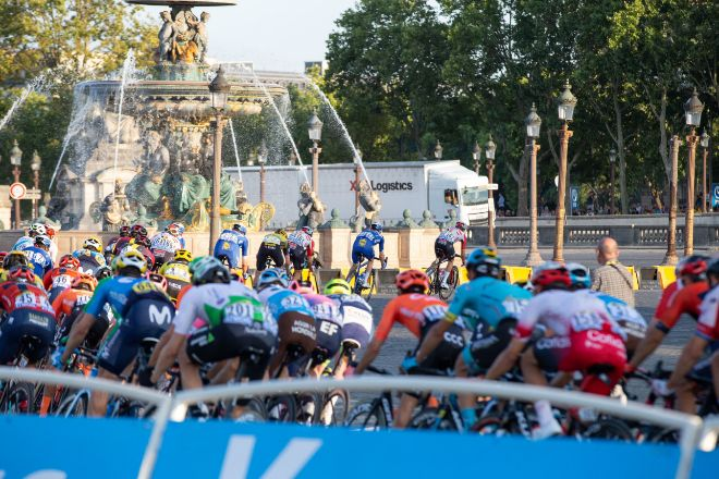 XPO utilizó un camión propulsado por gas natural de su flota de combustibles alternativos en la última etapa del Tour.