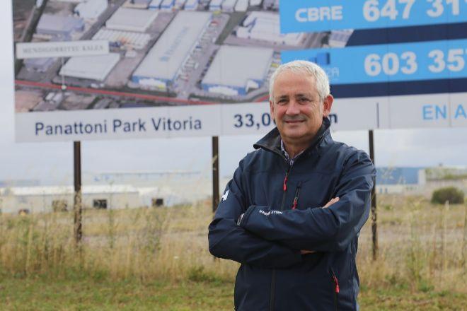 Tomás Pérez Merino, director general de la inmobiliaria industrial Ucieza en la parcela que ha adquirido Panattoni en Jundiz.