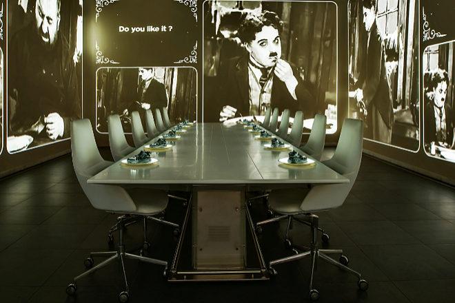 Escenario Chaplin/Japón de Sublimotion.