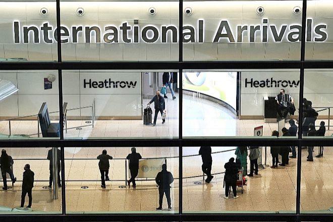 Heathrow, principal aeropuerto de llegada a Reino Unido, ha sufrido en la pandemia caídas en el tránsito de viajeros de más del 90%.