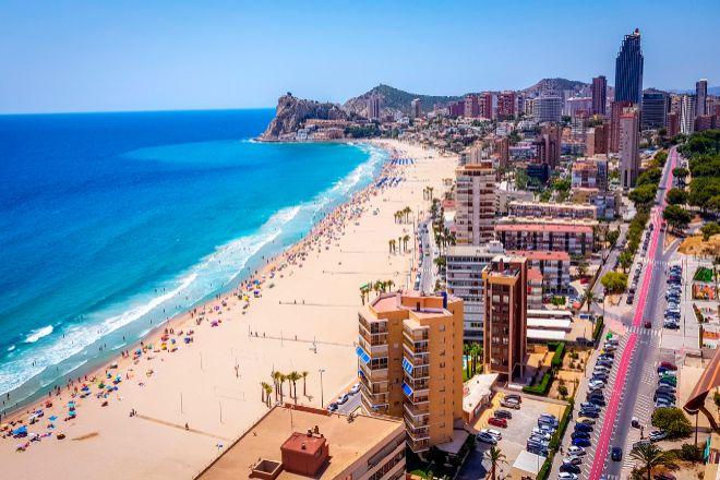 Los hoteles valencianos reservarán una zona para turistas con covid