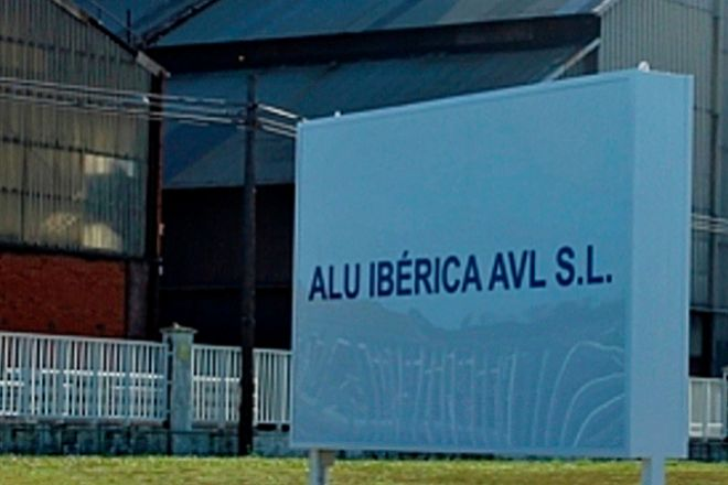 La venta de las plantas de Alcoa en A Coruña y Avilés -ahora Alu Ibérica- amenaza una guerra judicial.