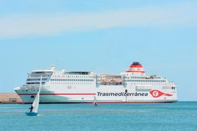Imagen del 'Ciudad de Granada', uno de los barcos que ha comprado Grimaldi a Trasmediterránea