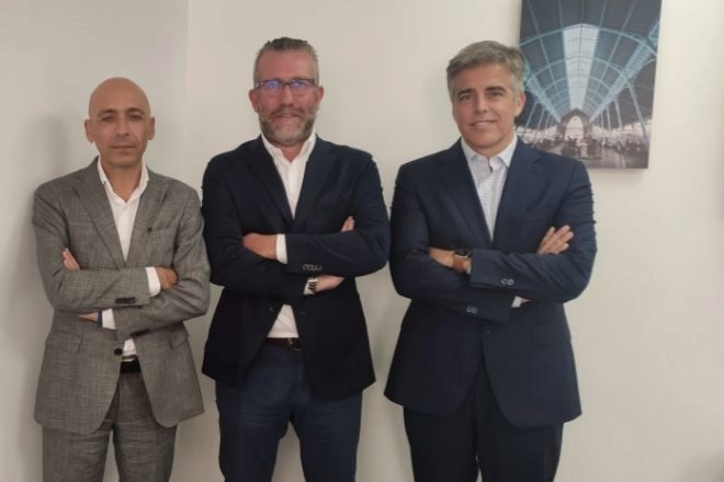 Prieto, Morote y Aparicio, en las oficinas de Andersen en Valencia.