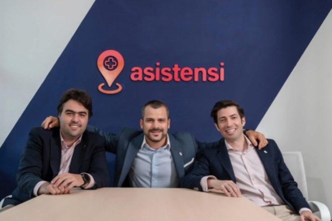 Luis Velásquez, Andrés Simón González y Armando Baquero, fundadores de Asistensi.
