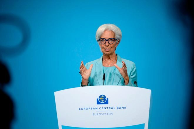 Frankfurt (Germany), 22/07/2021.- A handout photo made available by the European Central Bank (ECB) shows ECB President Christine lt;HIT gt;Lagarde lt;/HIT gt; addressing a press conference at the ECB headquartes in Frankfurt am Main, 22 July 2021. (Alemania) EFE/EPA/SANZIANA PERJU / ECB HANDOUT HANDOUT HANDOUT EDITORIAL USE ONLY/NO SALES