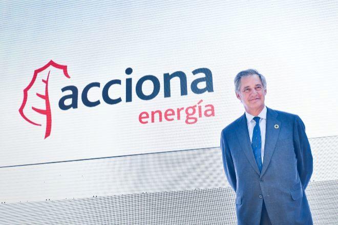 La salida a Bolsa de Acciona Energía ha repartido más de 54 millones de euros entre los bancos colocadores. En la imagen, el presidente de la compañía, José Manuel Entrecanales.