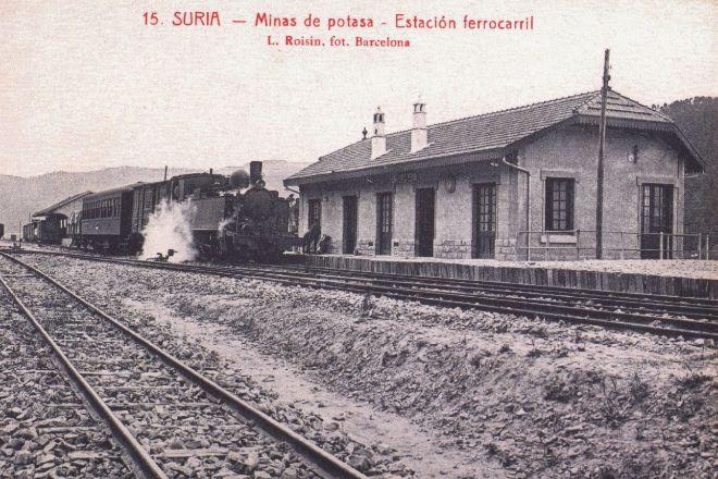 La estación de Súria, recién inaugurada, en los años 20.