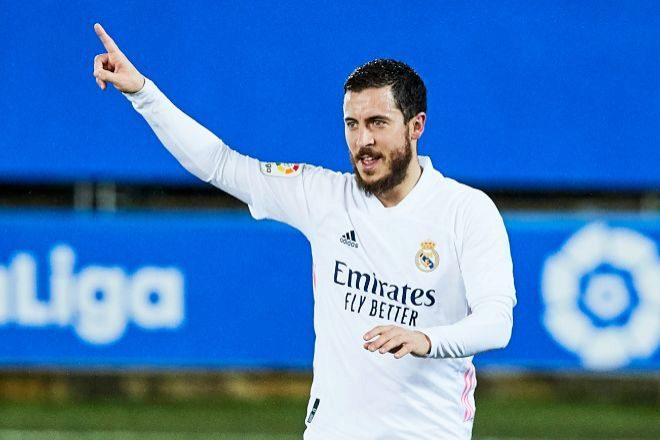 El Real Madrid pagó por Hazard 160 millones de euros; hoy el Chelsea estaría dispuesto a pagar sólo 40 millones.
