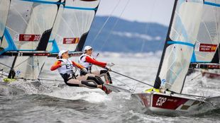 Tamara Echegoyen y Paula Barceló disputando la regata olímpica de la...