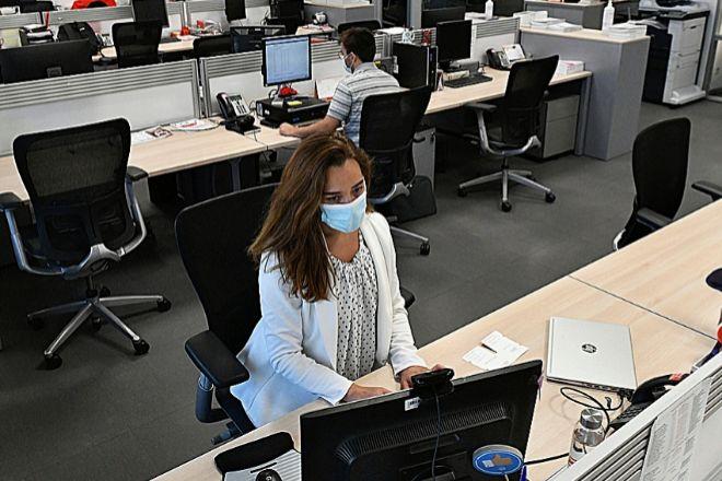 Mapfre ha dado portátiles a todos sus empleados para facilitar el trabajo en movilidad.