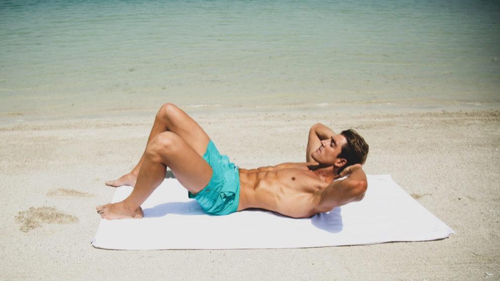 Rutina para entrenar en la playa con Diego Carrete, el entrenador...