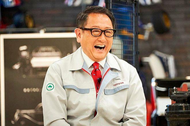 Akio Toyoda asumió la presidencia de la compañía en 2009 y con él un  miembro de la familia volvía a estar al frente de la misma. Bajo su mandato, Toyota ha sido durante varios años el mayor fabricante de vehículos a nivel mundial.
