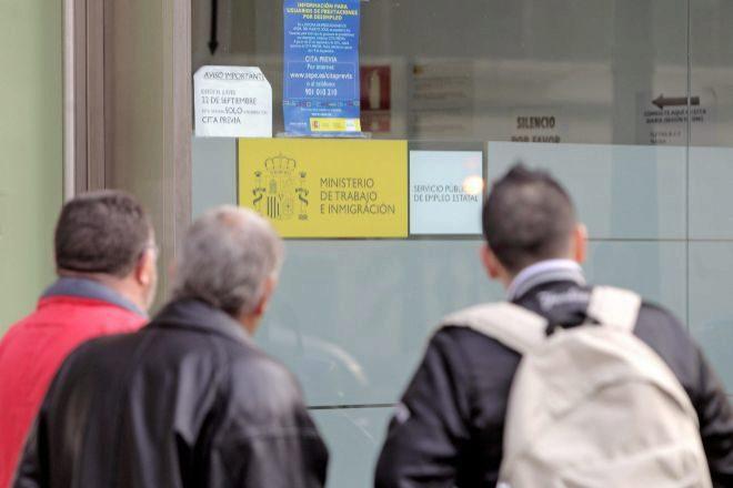 Oficina de empleo en Valencia.