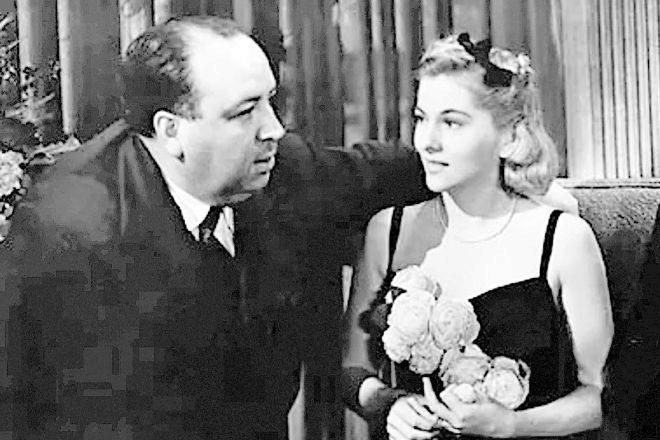 Myron llevó a Hitchcock (en la imagen, junto a Joan Fontaine) a Hollywood, ofreciéndole rodar 'Rebeca'.