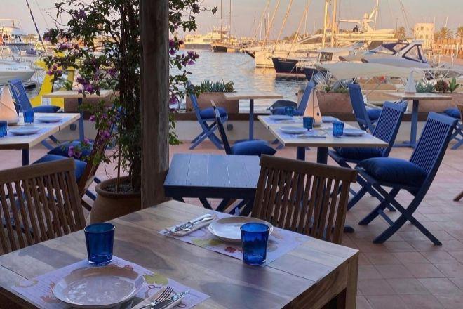 Aigua Aire, nuevo restaurante de Nandu Jubanyen el Puertode La Savina,en Formentera, con el servicio Jubany a l'Aigua.