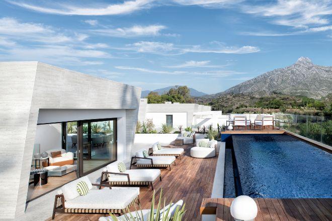 Epic Marbella by Fendi, una promoción de viviendas de lujo con vistas al mar y a la montaña- ubicadas entre Puerto Banús y Marbella Club.
