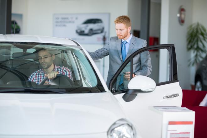La venta de coches no sube ni con la rebaja de impuestos