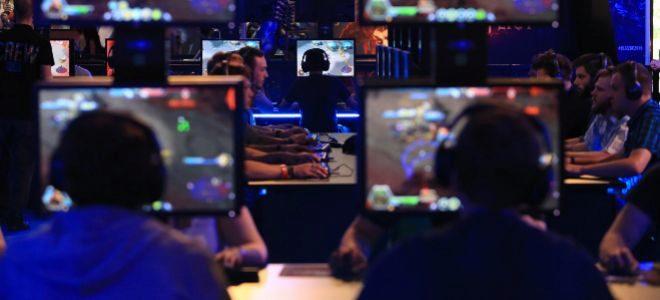 Imagen de una feria de videoujegos