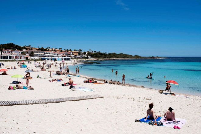 Playa Punta Prima en el municipio de Sant Lluís.