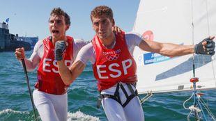 Xammar y Rodríhuez celebran la medalla de bronce tras finalizar la...