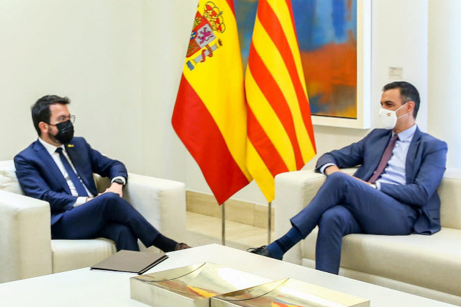 El president de la Generalitat, Pere Aragonès, y el presidente del Gobierno, Pedro Sánchez.